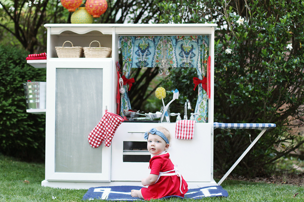 DIY white kids play kitchen