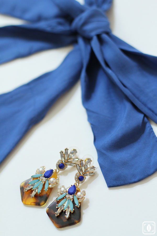 leopard earrings, blue earrings, blue maxi dress, blue accessories