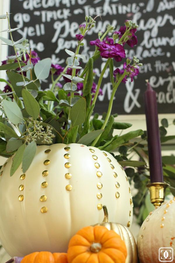 white and gold decor, fall decor, DIY pumpkin decor