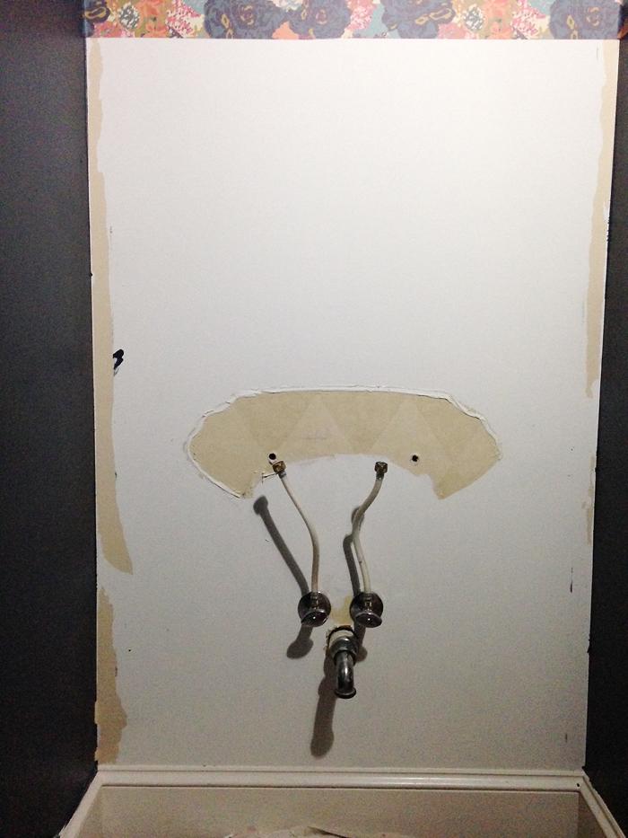 Powder bath wallpaper, powder bath decor, DIY wallpaper