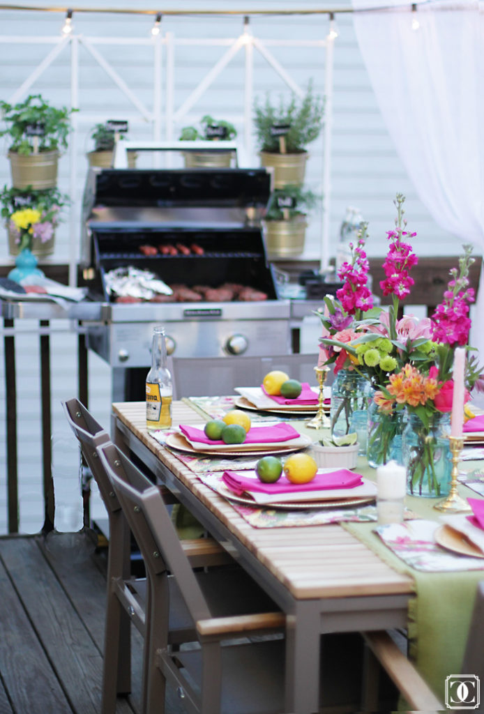 patio decor, summer colors, bright and bold colors