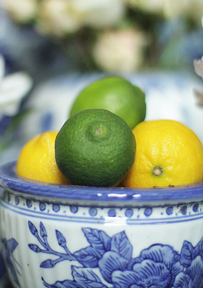 lemon decor, lime decor, blue and white ginger gars, ginger jars s