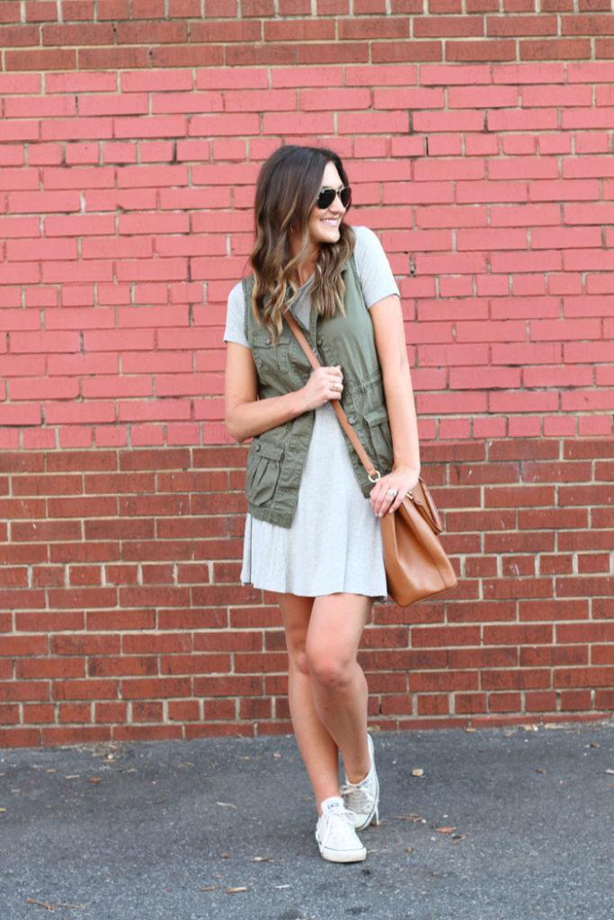 Swing dress, casual dress, affordable, tory burch, crossbody bag
