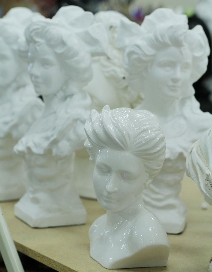 bust, vintage bust, white bust