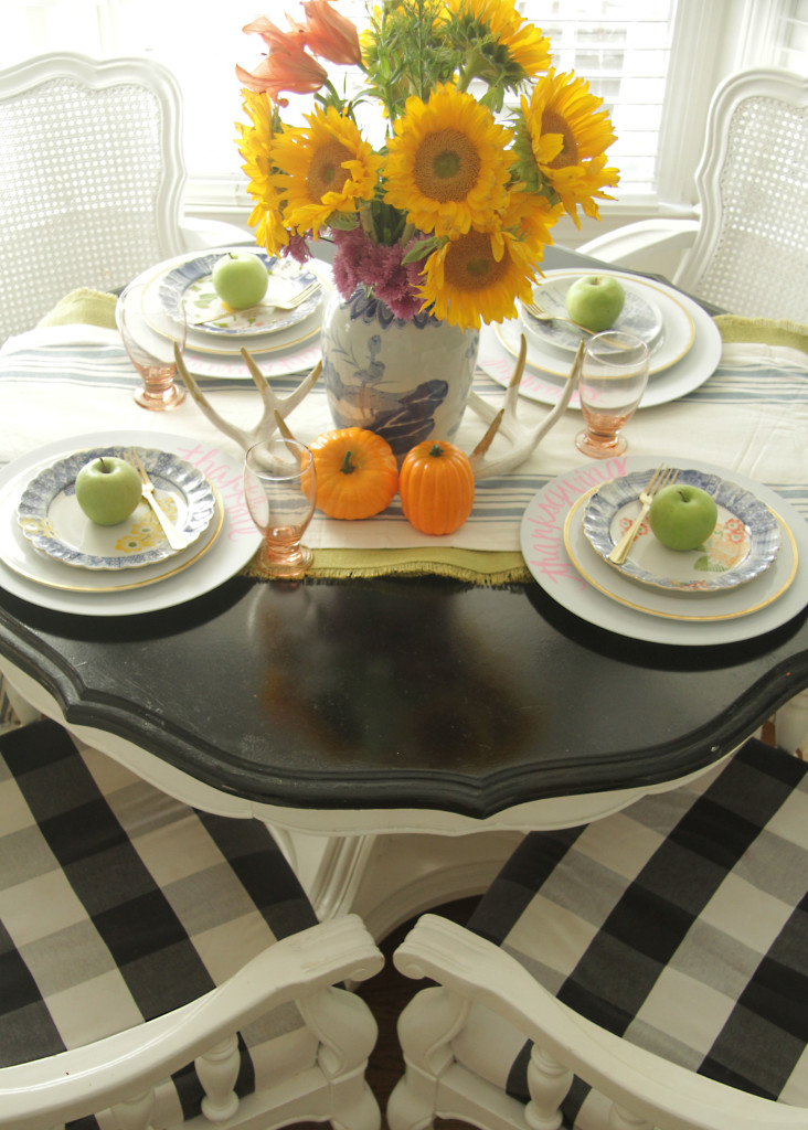 Fall Home Tour, Fall Decor, Pumpkin, Tablescape, Sunflowers
