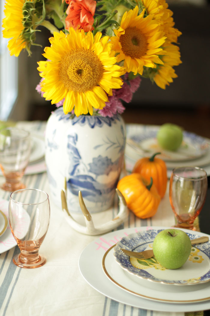 Fall Home Tour, Fall Decor, Pumpkin, Chalkboard Sign, Sunflowers, Tablescape, Table Setting