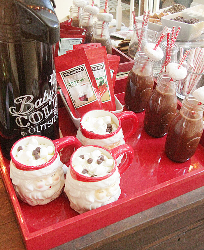 hot cocoa, hot chocolate, mommy and me, christmas, holiday party