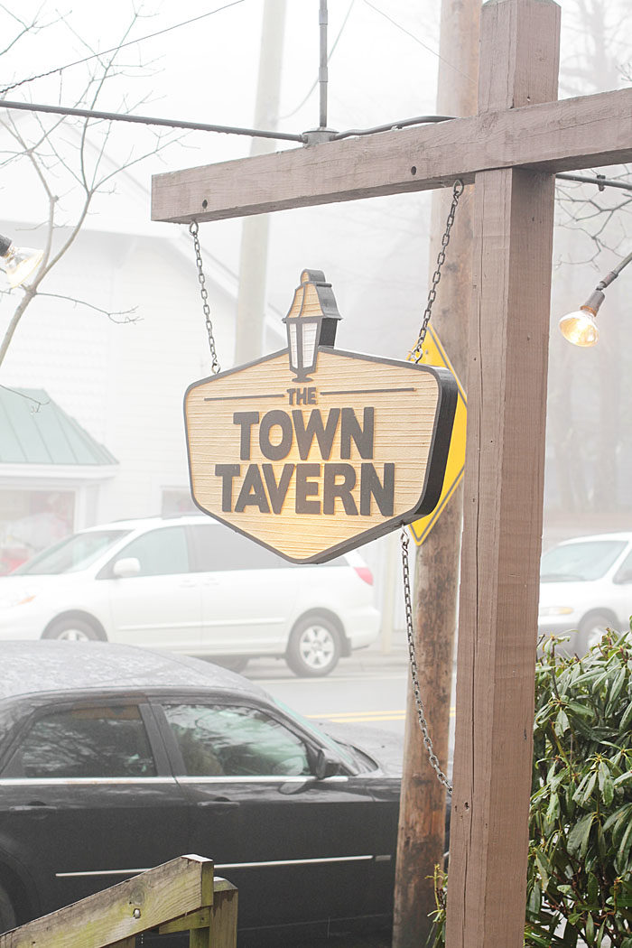 Blowing Rock, North Carolina, Town Tavern