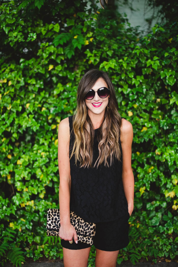 black coordinates set leopard clutch