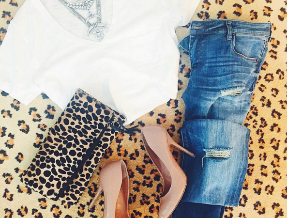 White tee with distressed denim for a comfy and cute outfit
