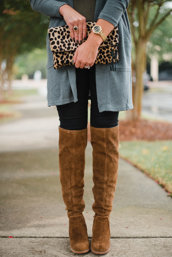 casual-layered-fall-look-with-lillap-7