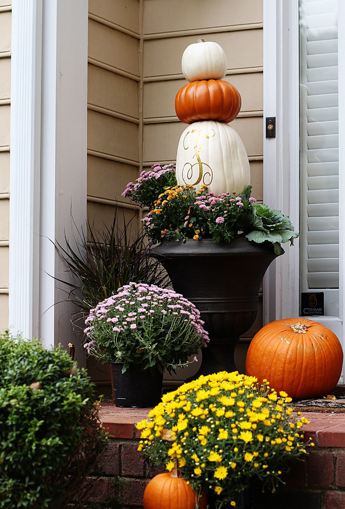 DIY Pumpkin Topiary for a fun Fall project | Fall Porch with pumpkin topiary featured by popular Dallas life and style blogger, Style Your Senses