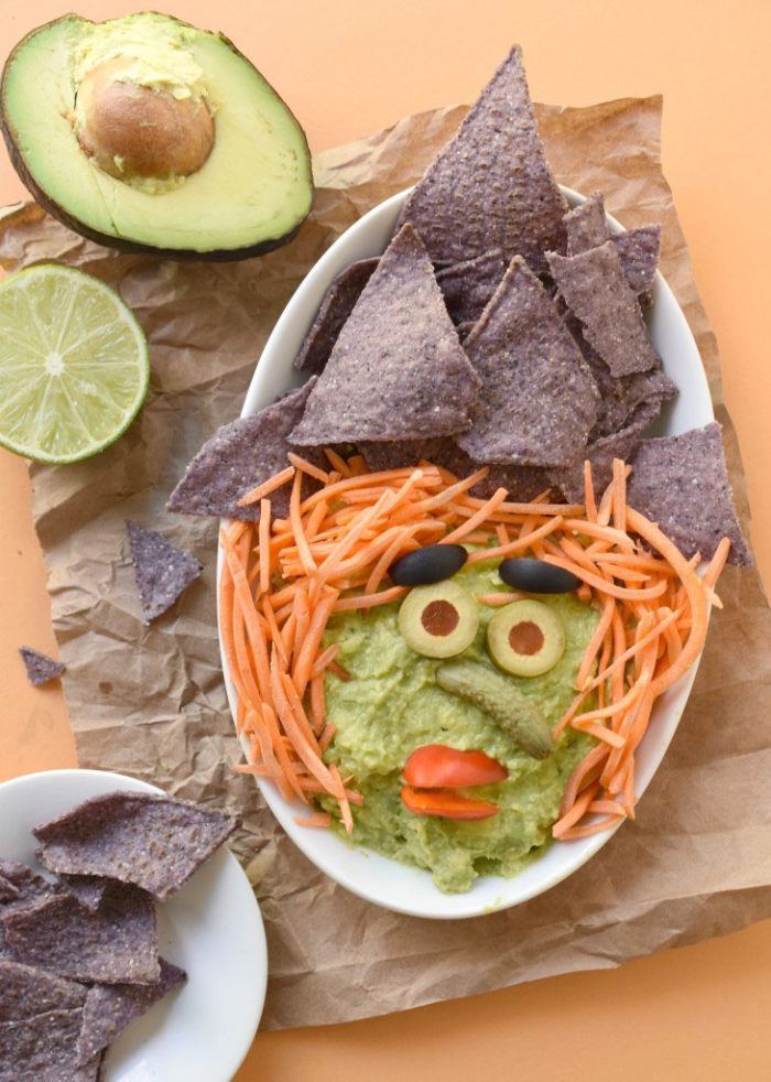 Make-this-Halloween-fun-AND-healthy-with-a-Witchy-Guacamole-Dip