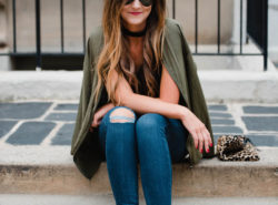 How to dress up distressed skinny jeans.