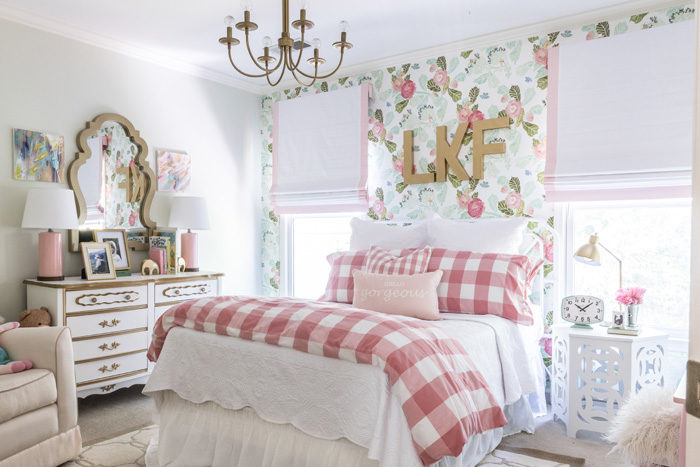 Big girl room reveal with floral wallpaper, gingham bedding and glam pink and gold accessories featured by popular Texas lifestyle blogger, Style Your Senses