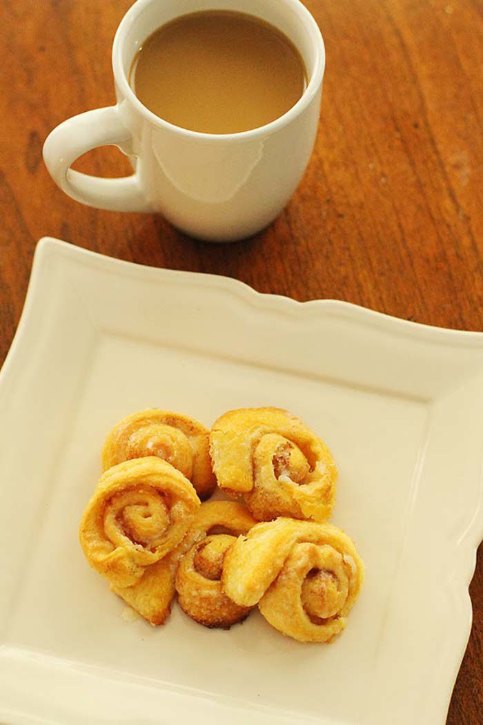 mini-cinnamon-roll-recipe - Christmas Morning Brunch Ideas for Christmas Morning featured by popular Texas lifestyle blogger, Style Your Senses