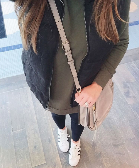Casual outfit inspiration with tunic, vest and adidas sneakers