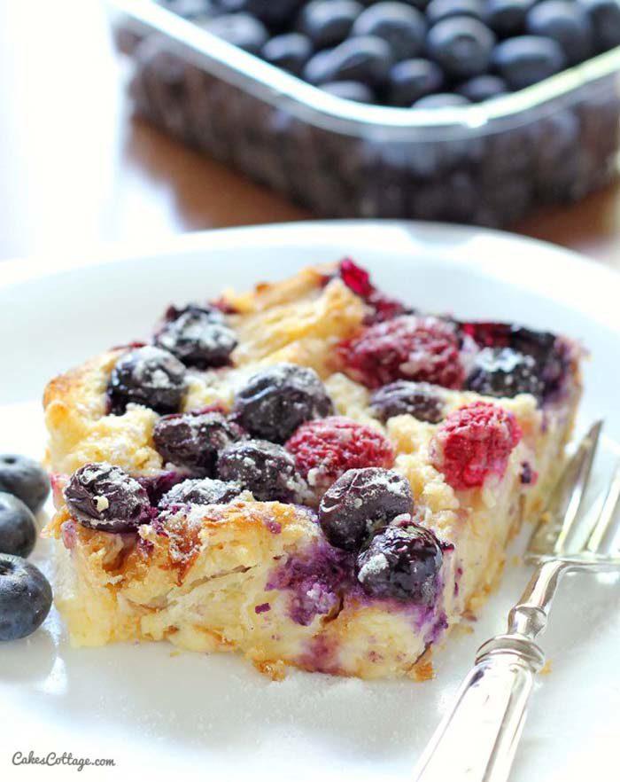 croissant-blueberry-bake