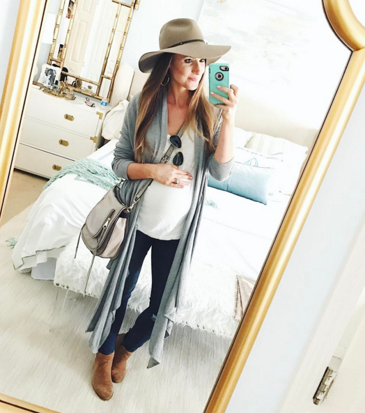 This casual layered look is great for maternity style, but also a good look for any mom on the go.