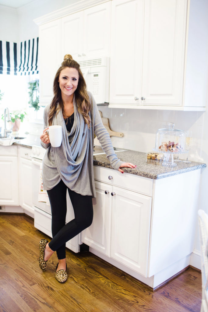 Chic loungewear that's cute, comfy and functional is great for busy moms.