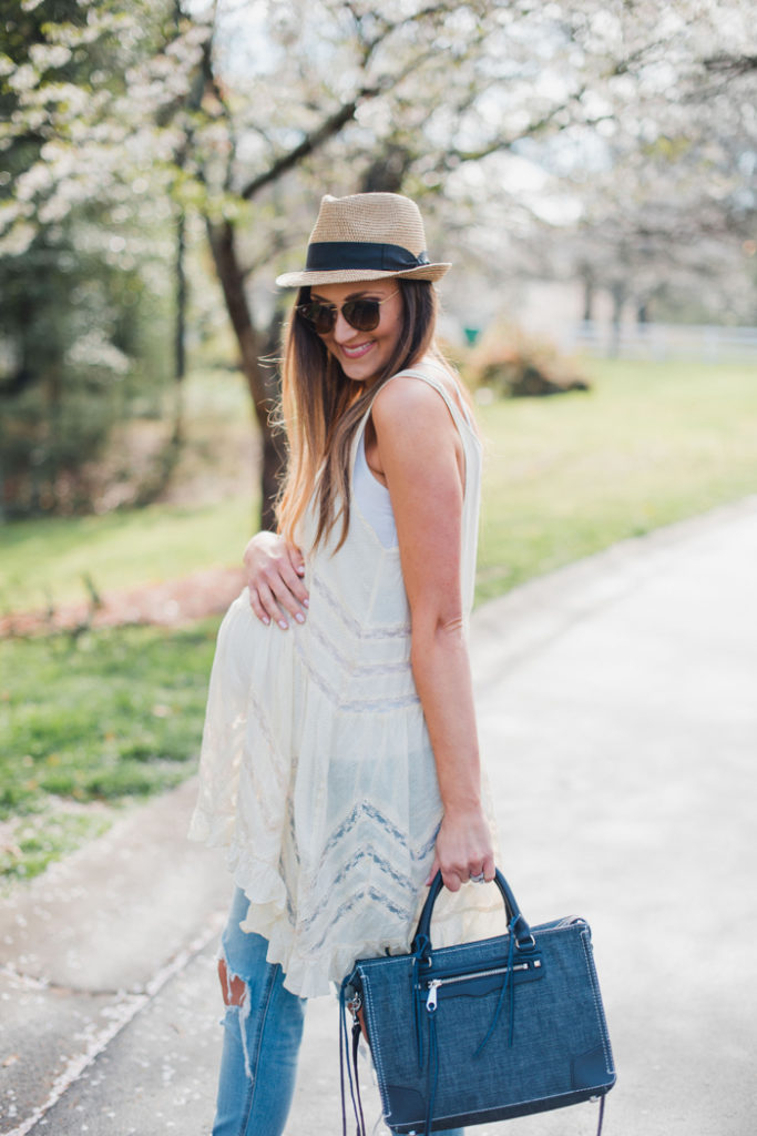 How to wear a lace tunic with boyfriend jeans for a cute Spring transition outfit