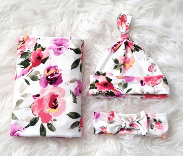 Floral Swaddle Set