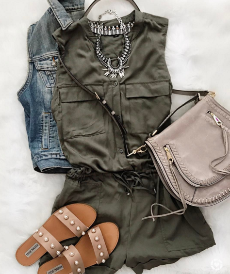 Cute summer outfit with romper, slides and crossbody bag