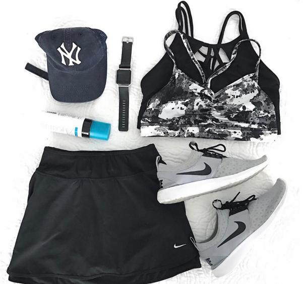 Summer athleisure style