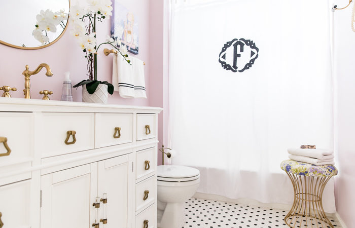 Girl's Shared Bathroom Reveal!