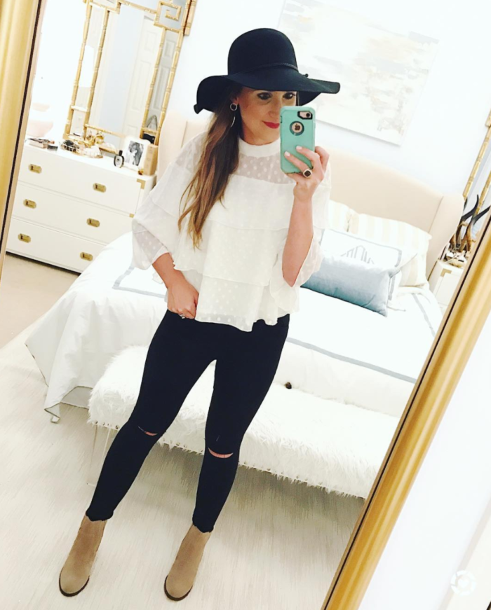 Ruffle top and black skinnies for a Fall transition outfit