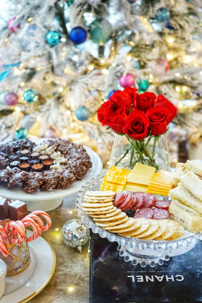 "Ideas for throwing a ""Favorite Things"" Holiday party with LIDL"