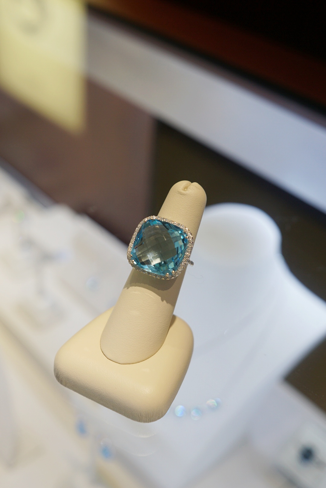 Diamonds Direct Charlotte, NC The Best Gifts and Engagement Rings
