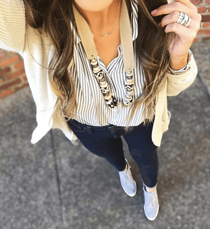 casual mom style outfit idea