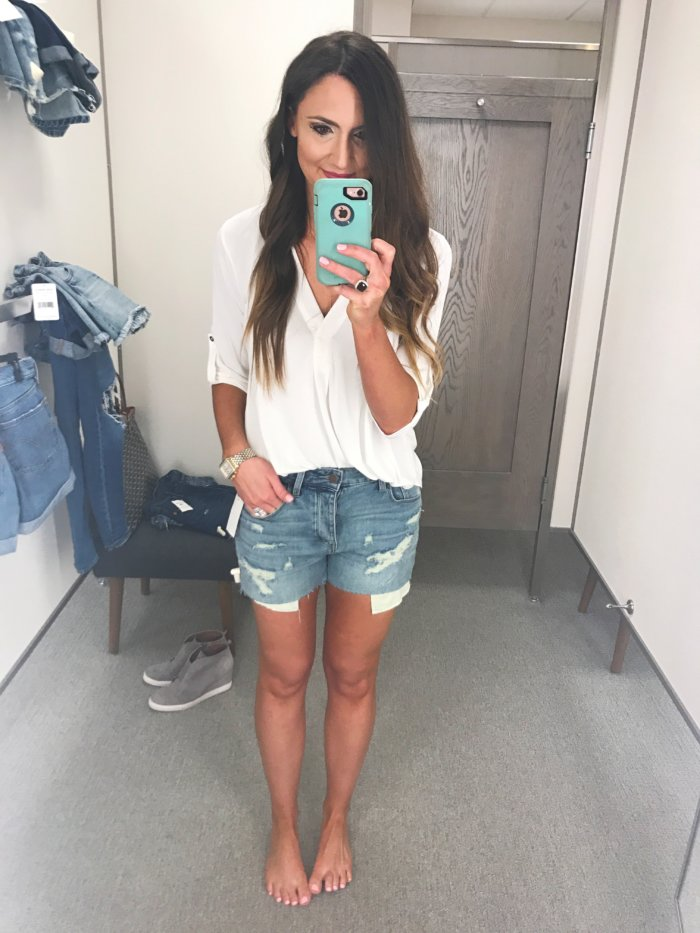 Denim Shorts for Women / Denim Short Review by a real mom - The Best Denim Shorts featured by Texas fashion blogger, Style Your Senses- The Best Denim Shorts featured by Texas fashion blogger, Style Your Senses