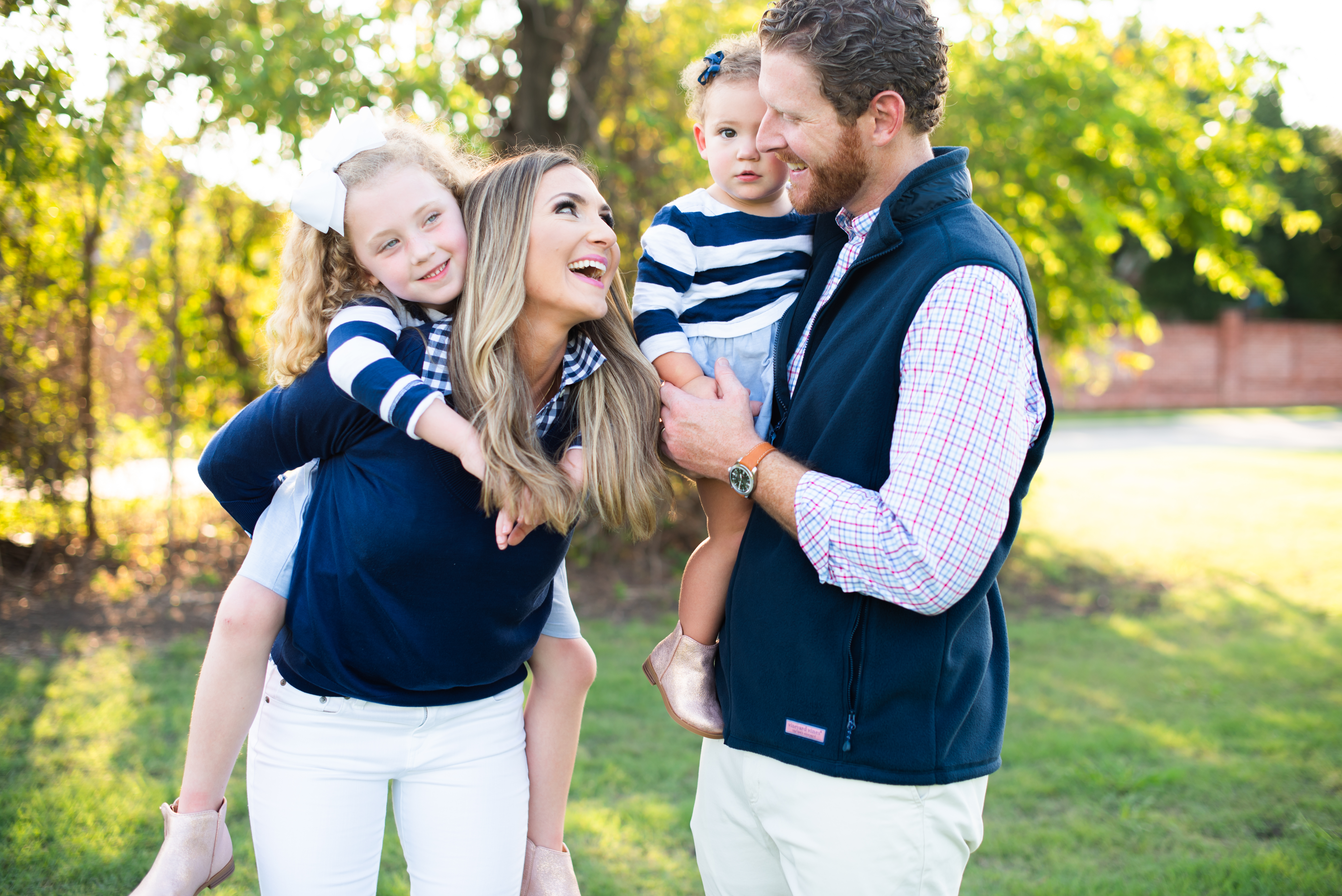 Vineyard Vines | What to Wear for Family Pictures this Fall | Tips, Tricks and Outfit Suggestions! featured by popular Dallas fashion blogger Style Your Senses