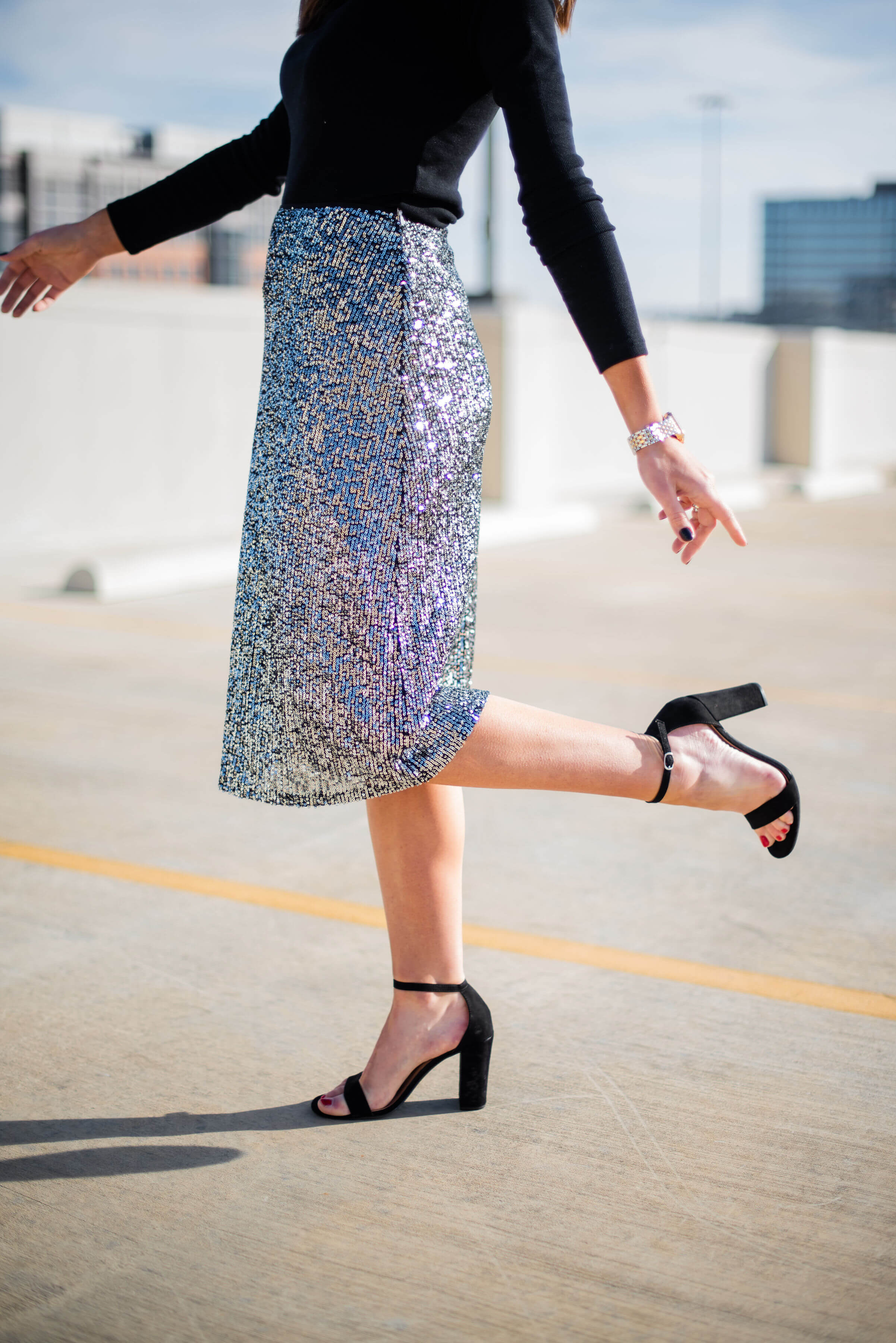 holiday party skirt, holiday outfit inspiration, sequin party skirt, black turtleneck, style your senses